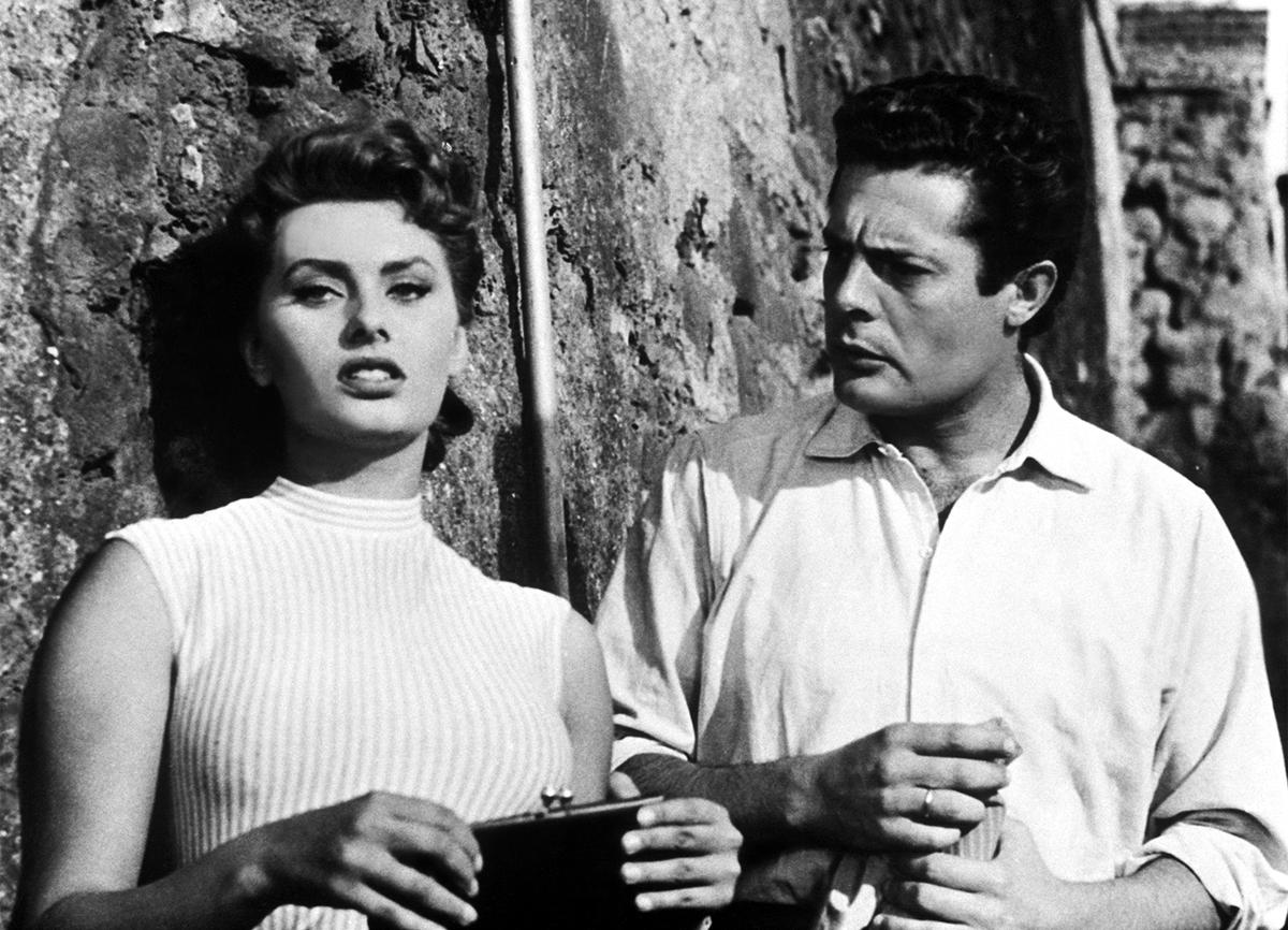 """""""Szkoda, że to łajdak"""", wł. """"Peccato che sia una canaglia"""" (1954) - Alessandro Blasetti"""